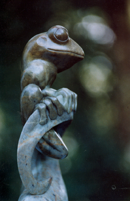 TREE FROG Brazilian soapstone 12 inches high 1992
